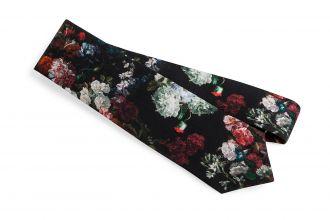 Kravata a spony na kravatu