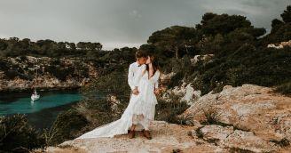 Ako sa obliecť na svadbu v kostole alebo pod šírym nebom?