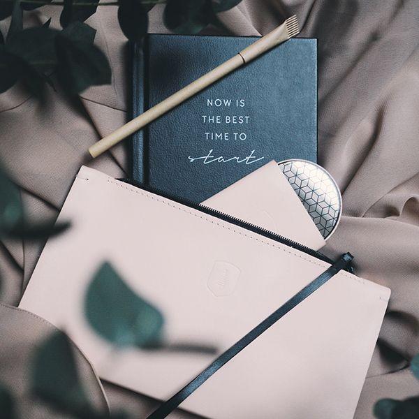 dámska listová kabelka Vespa Clutch a zrkadielko Liti BeWooden