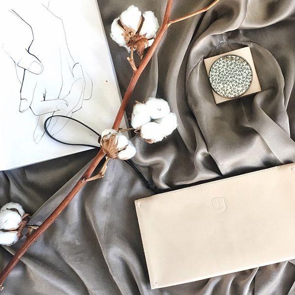 Zápisník s kresbou a produktami BeWooden