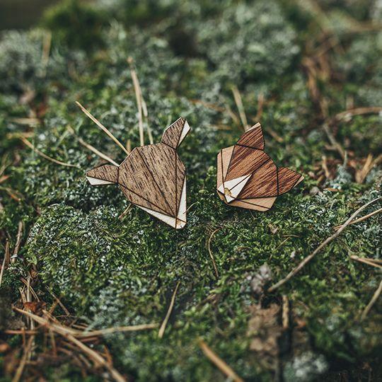 Drevená brošňa