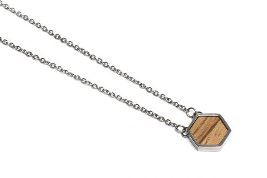 Lini Necklace Hexagon