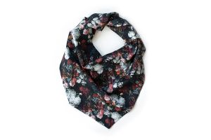 Roses Scarf